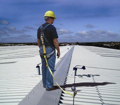 Working at Height on a Commercial or Industrial Roof: How to Properly Protect Workers?