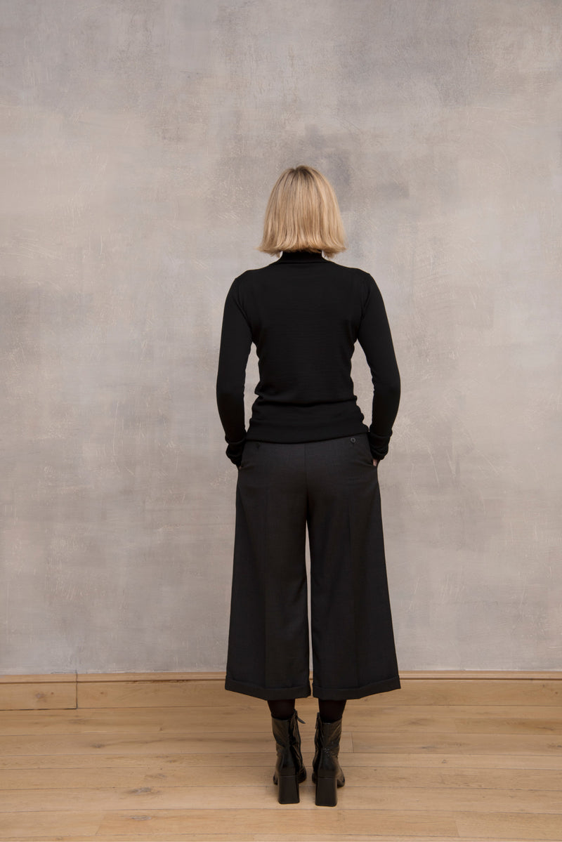 Pleated Wool Trousers