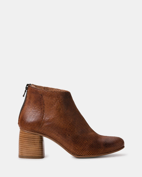 Zoe Kratzmann Cycle Tan Boot