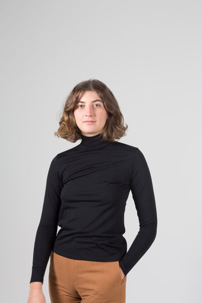 Vege Threads Merino Black Skivvy