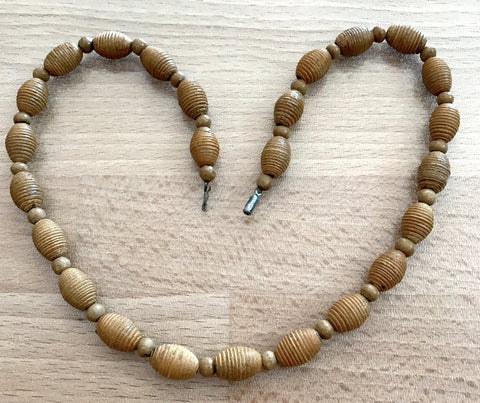 Vintage 1940's hand carved and painted wood necklace