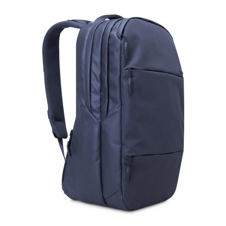 incase City Backpack // NAVY-The Collateral