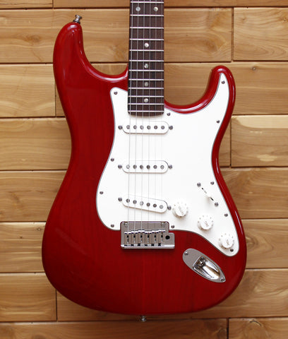 Fender Custom Shop 2011 Custom Deluxe Stratocaster AAA, Rosewood Fingerboard, Candy Red 1509910864 - SN 6946 - L.A. Music - Canada's Favourite Music Store!