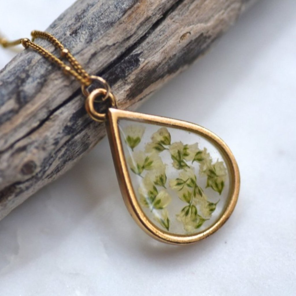 Baby's Breath necklace