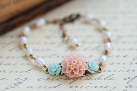 Romantic Pearl Bridal Bracelet