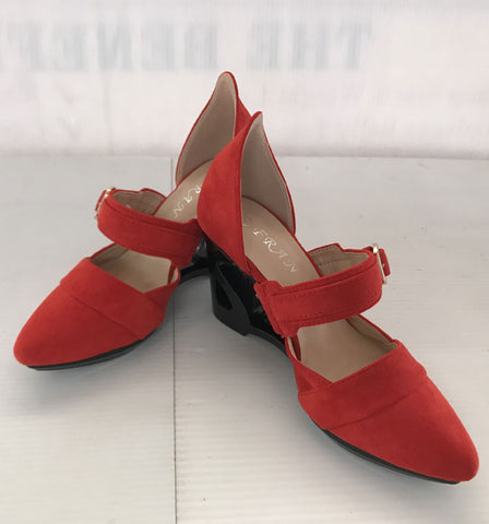 Ladies Dress Shoe Red