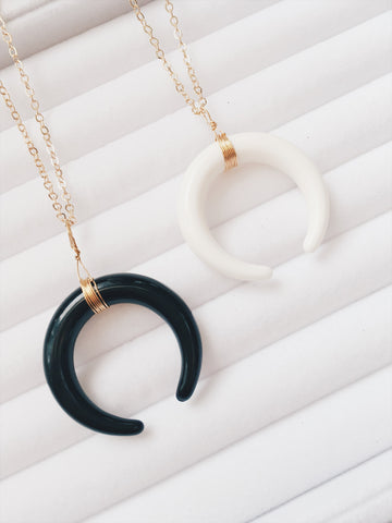 Crescent Moon Double Horn Necklace+