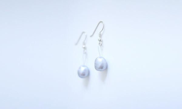 Himmelblau Skyblue Natural Pearl String Earrings