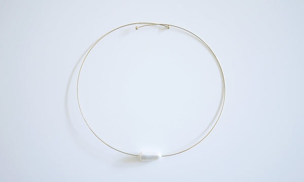 One & Only – Rectangle Pearl Neck Circle