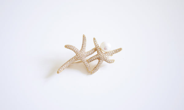 Sea star Pearl Brooch - Gold