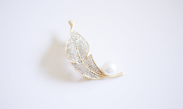 Gold Leaf Pearl Brooch - An Elegant Lady
