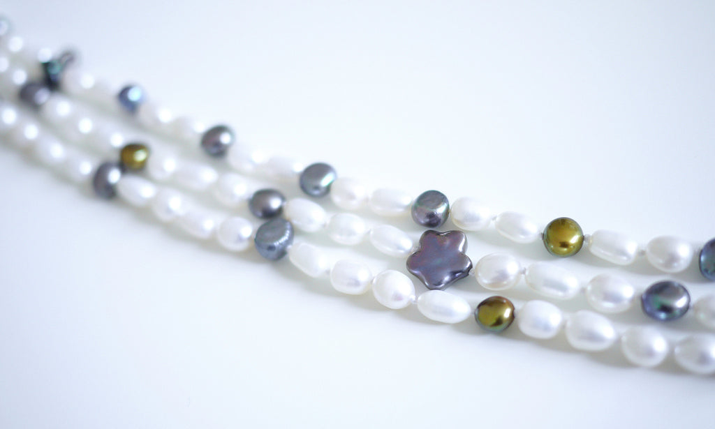 Assorted Rice Pearls Choker – An Elegant 3-row Rice-shaped Freshwater Pearls Choker