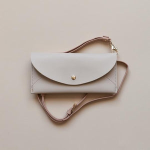 Lark & Ives Envelope Crossbody Bag