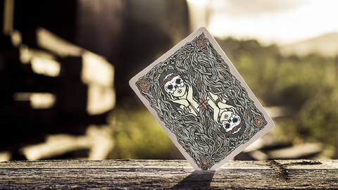 Maidens - Playing Cards and Magic Tricks - 52Kards