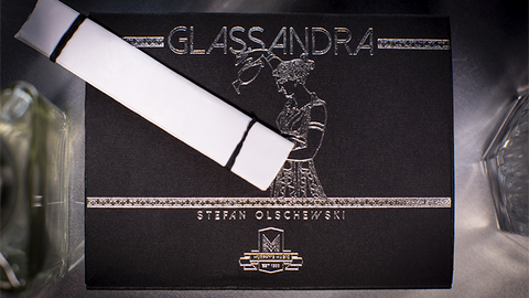 Glassandra - Playing Cards and Magic Tricks - 52Kards