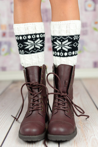 Boot Cuffs, Boot Toppers, Knit Boot Cuffs, Lace Boot Cuffs, Leg Warmers, Lace Leg Warmers - White And Black Snow Flake Boot Cuffs