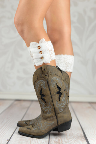 Lace Boot Cuffs - Three Buttoned White Lace Boot Toppers