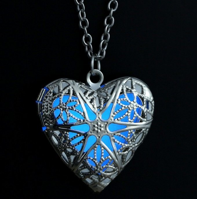 Glow in the Dark Heart Pendant Necklace - topnotchloot  - 1