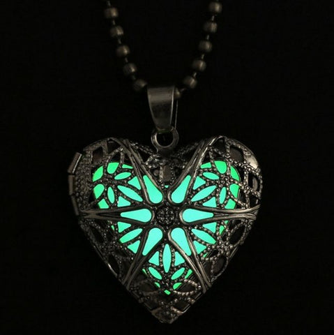 Glow in the Dark Heart Pendant Necklace - topnotchloot  - 2