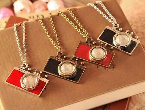 Vintage Camera Necklace - topnotchloot  - 3