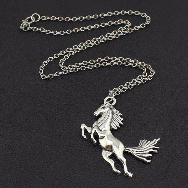 Vintage silver horse pendant necklace topnotchloot vintage silver horse pendant necklace topnotchloot 3 mozeypictures Image collections