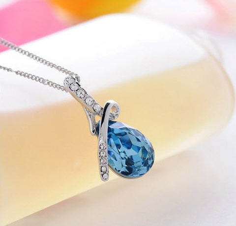 Turquoise Crystal Necklace - topnotchloot  - 1