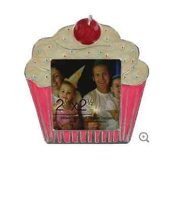 "2 1/2"" Pink & Cream Mini Metal Cupcake Frame"