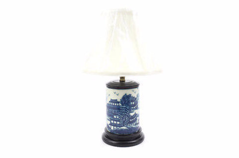 Beautiful Cute Round Blue and White Porcelain Blue Willow Table Lamp