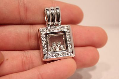 Beautiful Square 18K White Gold Pendant with Diamond and Happy Diamond