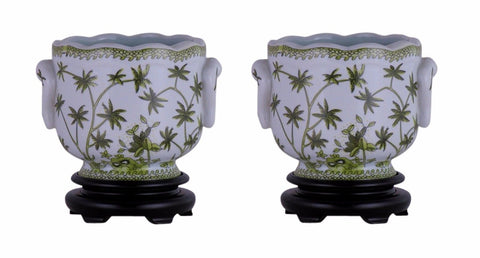 Pair of Round Scallop Rim Green and White Floral Porcelain Pot Wooden Base 7""