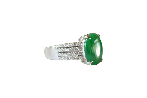 Fine Size 6.75 Round Imperial Jade Ring with 0.43ct Diamonds 18K Gold Band