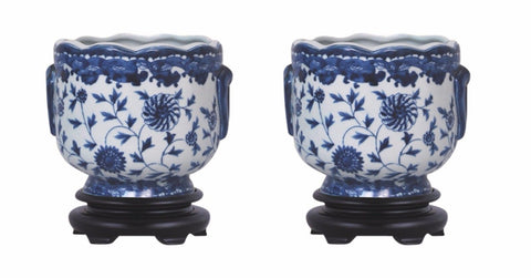 Pair of Round Scallop Rim Blue and White Floral Porcelain Pot Wooden Base 7""