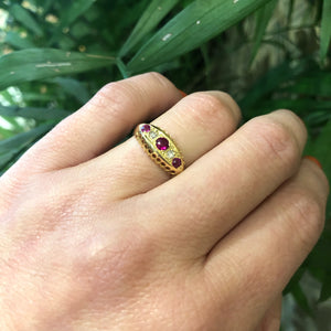 Vintage 18k Yellow Gold Diamond and Ruby Ring