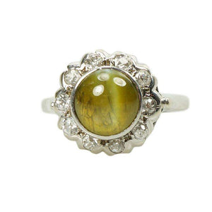 Vintage Cats Eye Chrysoberyl and Diamond Ring