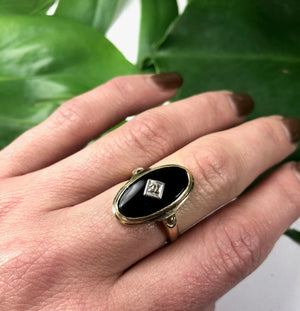 Vintage 1930's Onyx and Diamond Yellow Gold Ring