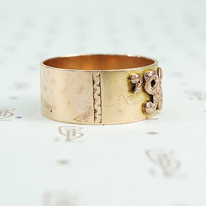 1896 date ring cigar band style with rose gold applied numbers side detail of hand engraving