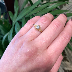 Diamond Flower a Vintage Engagement Ring