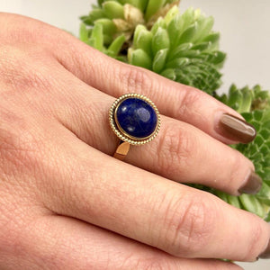 Vintage Lapis and Yellow Gold Ring