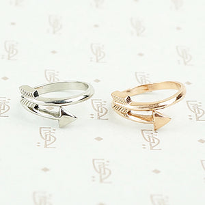 The Arrow Ring by 720