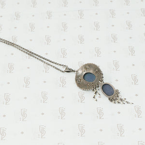 austro-hungarian lapis and seed pearl pendant in silver back view