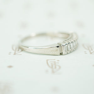 Vintage Vertical Baguette Diamond Band
