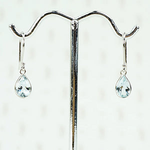 Ocean Drops Aquamarine Earrings by brunet