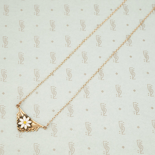 The Rose Gold Daisy Necklace