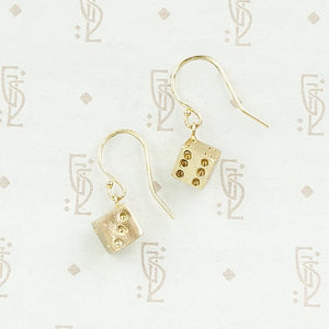 Dice earrings in 14k yellow gold by 720