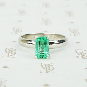 Emerald Platinum Solitaire by 720
