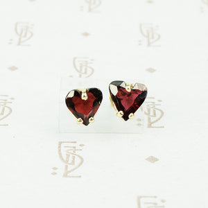 garnet heart stud earrings 14k yellow gold