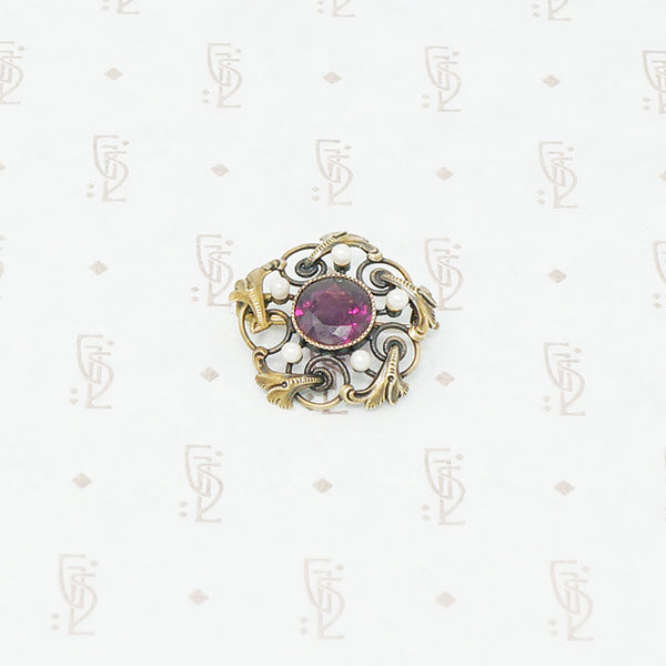 c4f0dfbc5 Gold brooch with acanthus leaves a rhodolite garnet and pearls