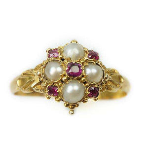 A beautiful Victorian split pearl and Ruby Ring in 18k Gold
