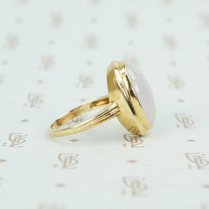 lavender jade in 14k gold ring simple bezel side view