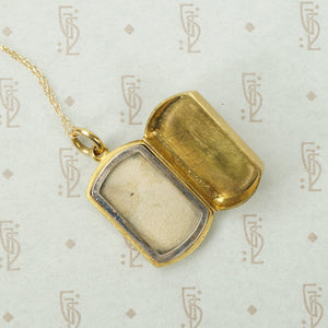 Refined Edwardian Locket in Rosy Gold